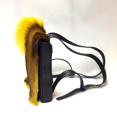 springbock-jaune-sac-a-dos-de-profil